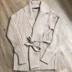 Banana Republic Sweater Cardigan size Medium